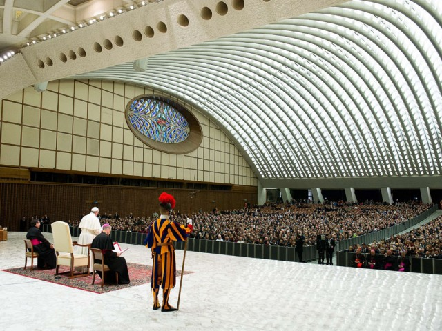 VATICAN-POPE-AUDIENCE-EMPLOYEES