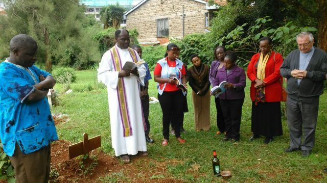 Nairobi - Photo of Y.Ps and Confreres at Fr. Alekwe grave at St. St. Austin. IMG-20160516-WA0007
